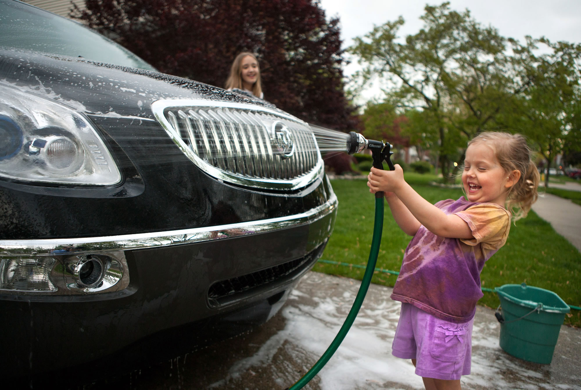 car-cleaning-with-kids